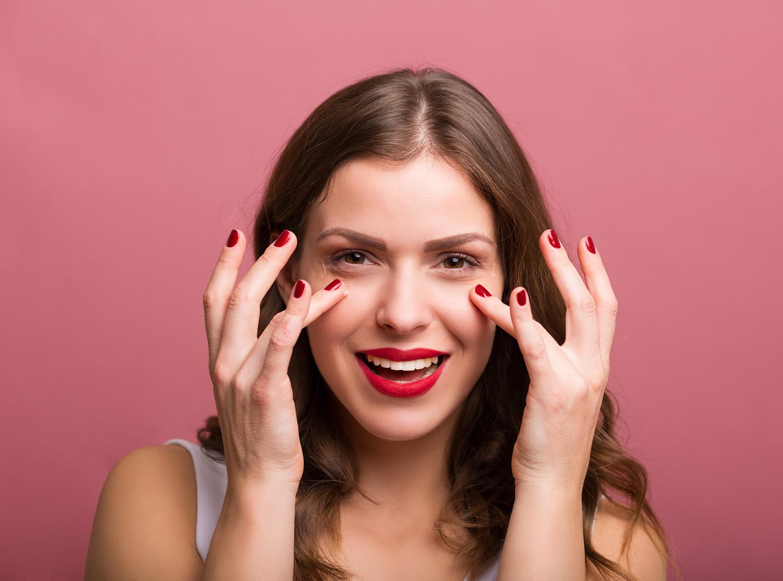 Contorno de ojos, la mejor crema para las ojeras al descubierto